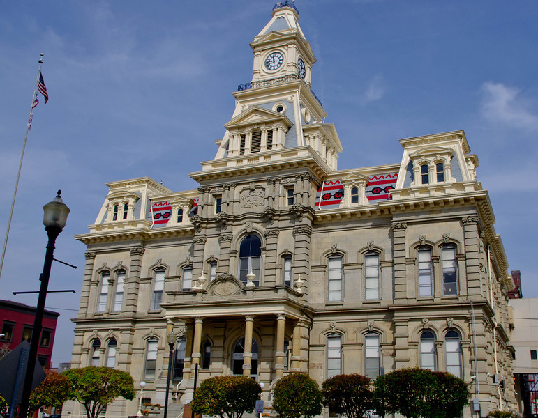 County Courthouse -- Zanesville, Oh