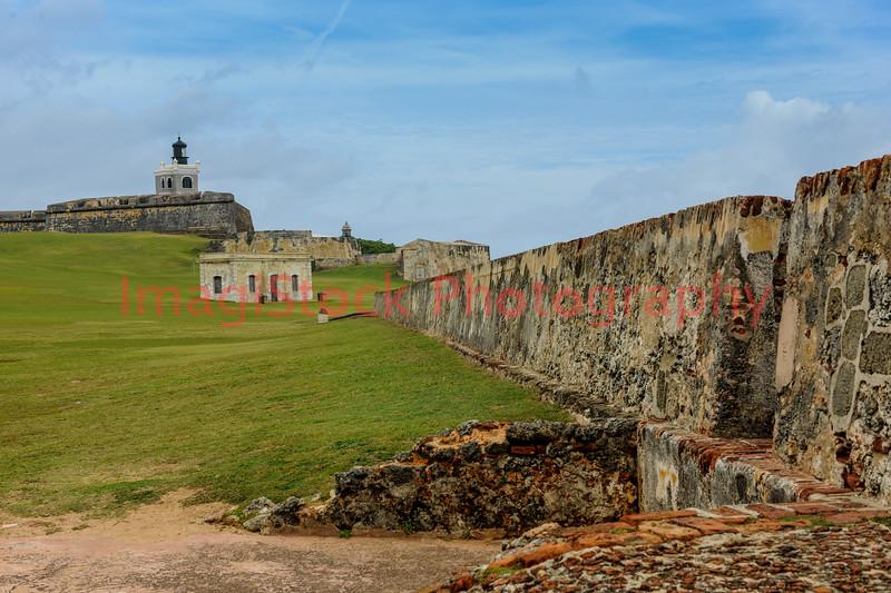100516 - 0671 El Morro Lighthouse - Old San Juan, PR