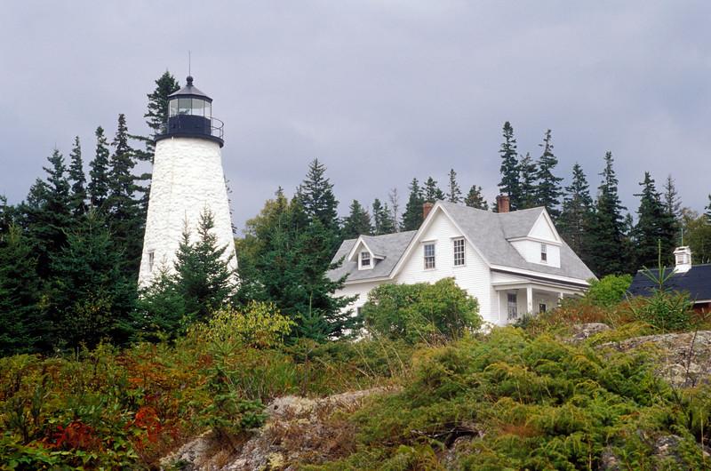 US-ME-000282.psd - Dyce Head Lighthouse, Castine, Maine