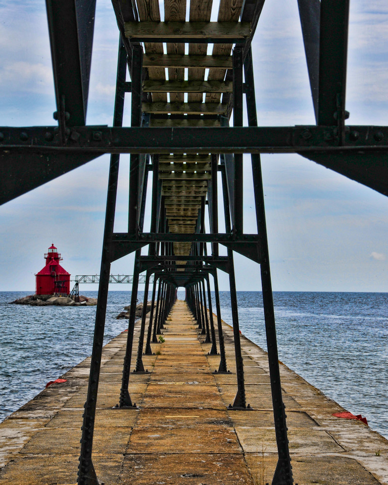 North Pier and Lighthouse  - Walkway<br /> Sturgeon Bay Ship Canal