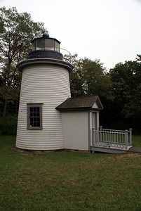 Three Sisters Lighthouse