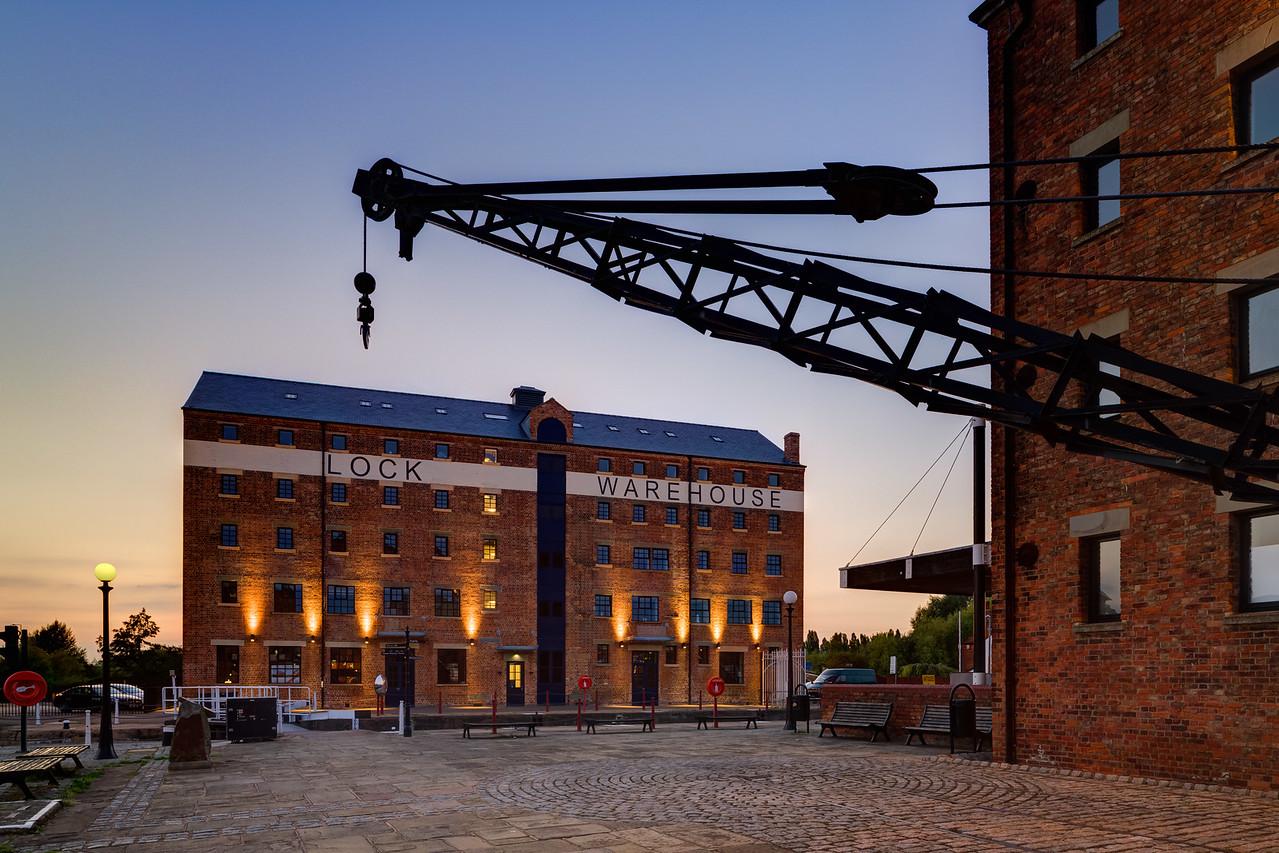 066-Lock-Warehouse