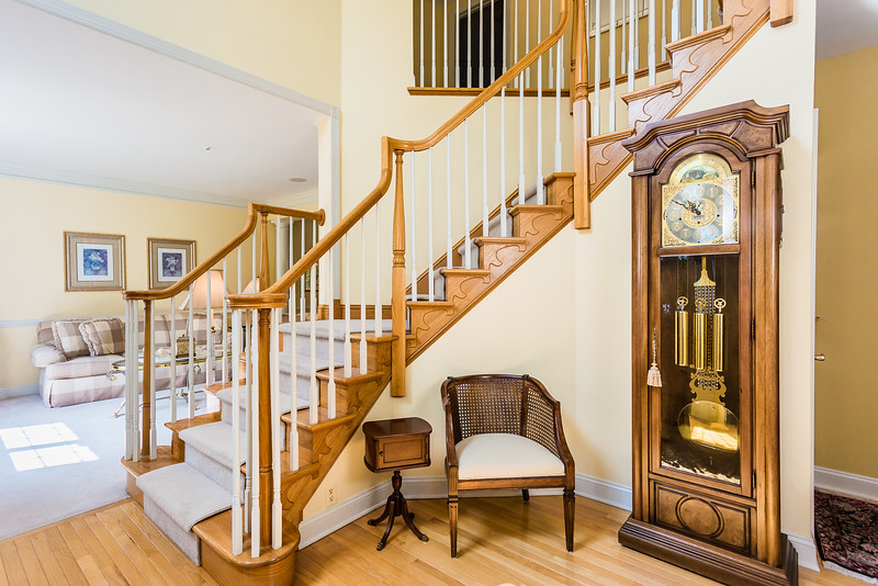Foyer Newtown Square Pa