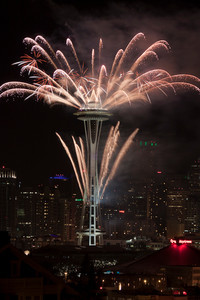 Fireworks / Space Needle / Seattle Downtown  New Year 2011 Celebrations