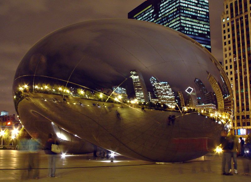 Like I said earlier, the reflections of the skyline in the Cloud Gate are awesome to look at.