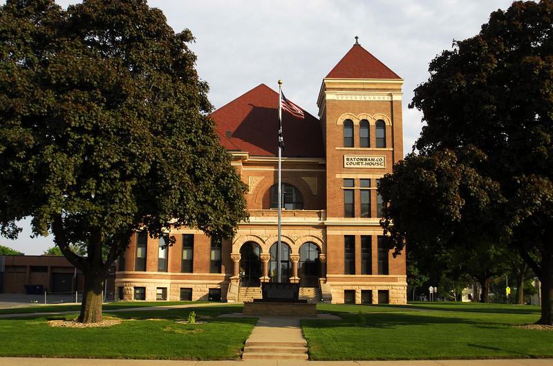 Watonwan County Courthouse (2) - St. James