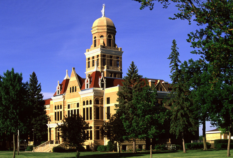 Le Sueur County Courthouse - Le Center