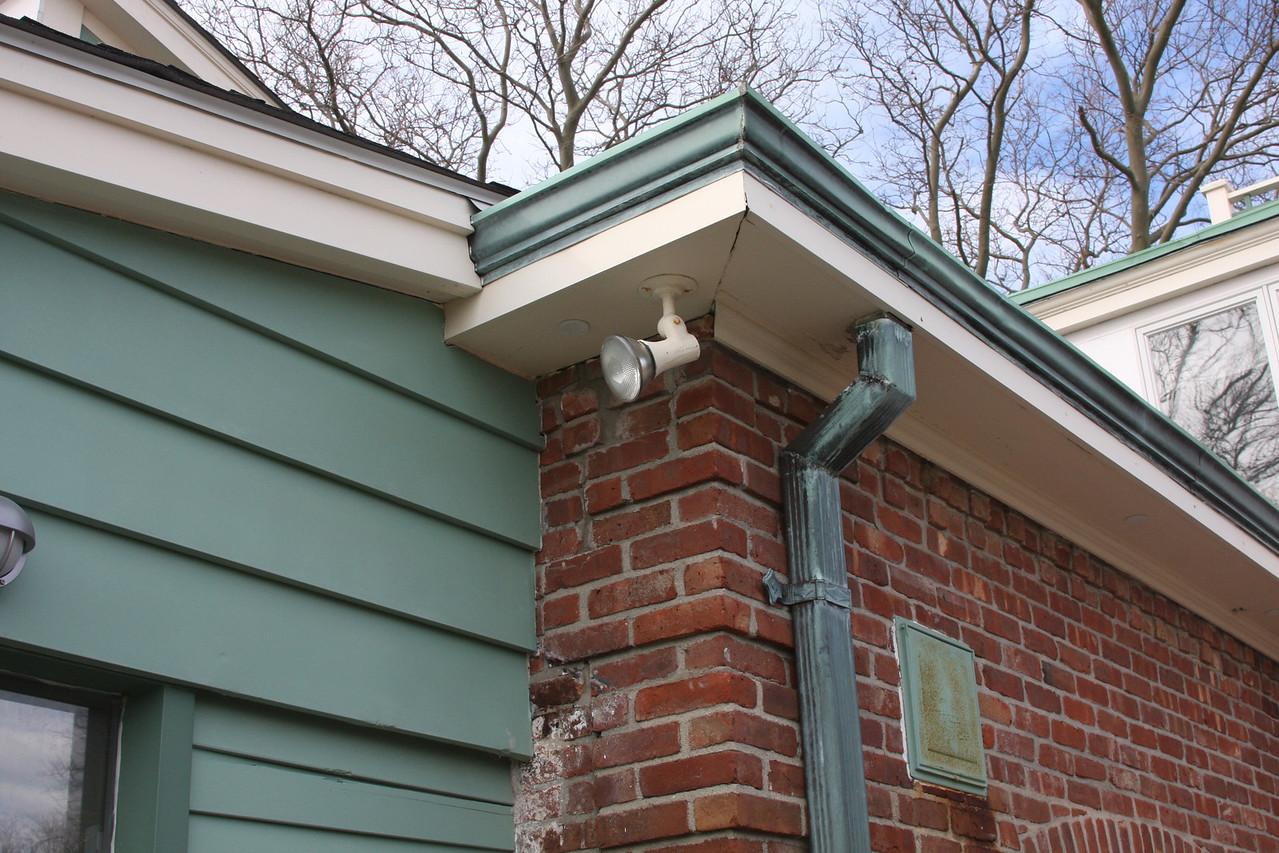 soffits and gutter  light rusting