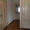 Natte groep: Links douche-wc-wastafel ruimte; Midden entree grote badkamer; Rechts wasmachine ruimte.