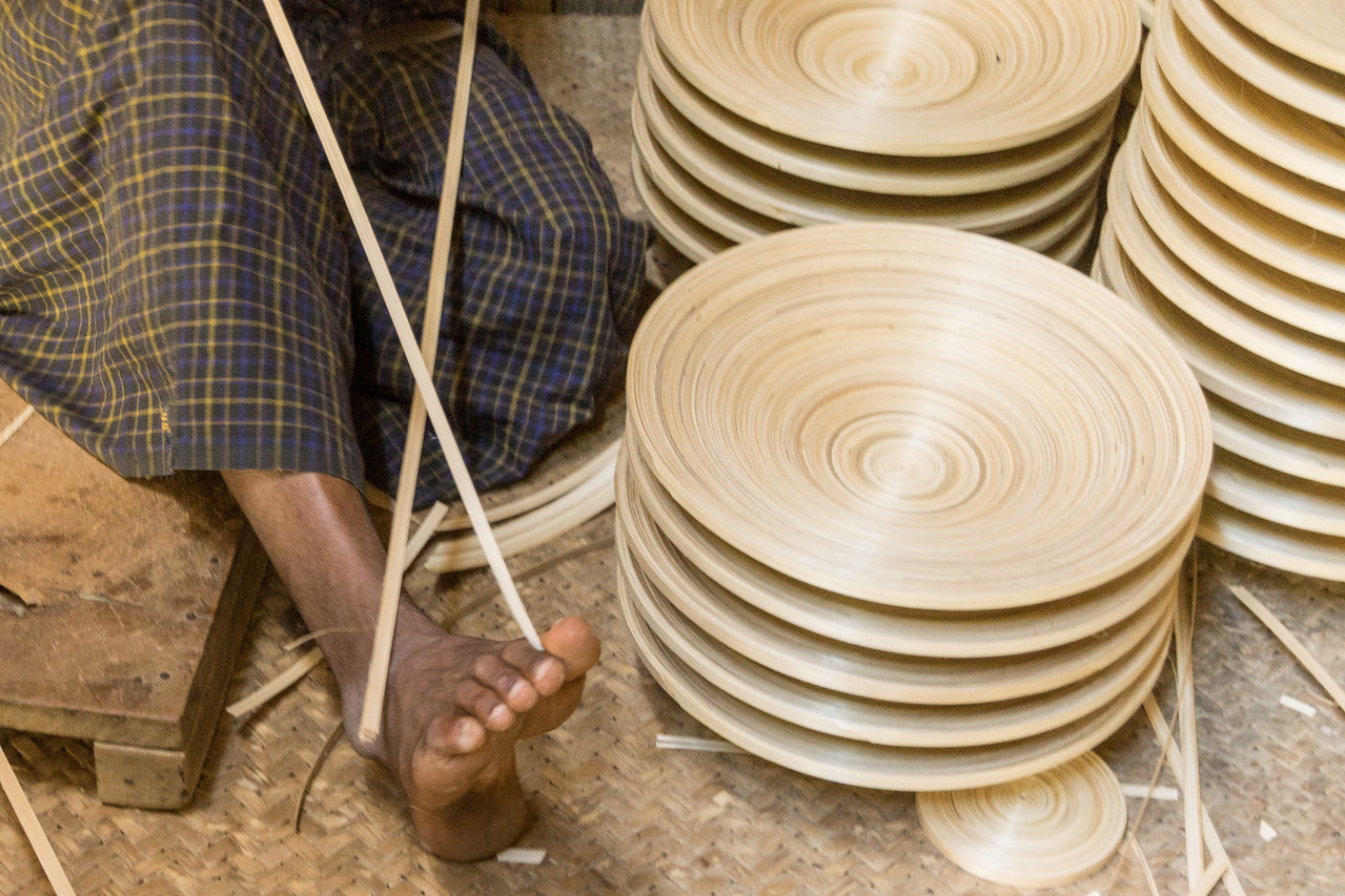 making lacquerware, Bagan, Myanmar
