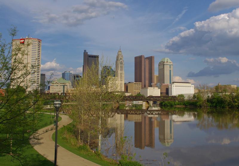 Scioto River & Skyline fom North Bank Park --- Columbus