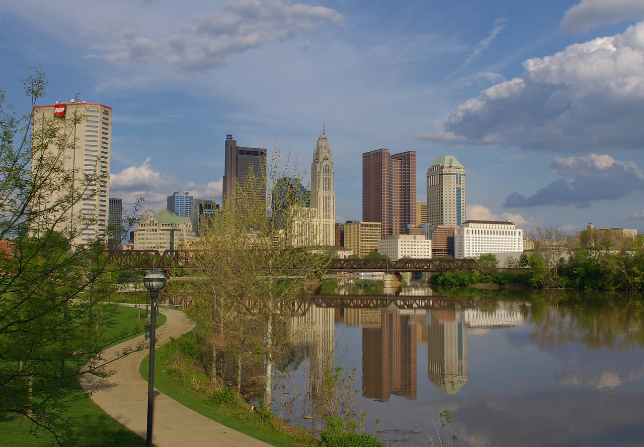 Scioto River & Skyline fom North Bank Park --- Columbus