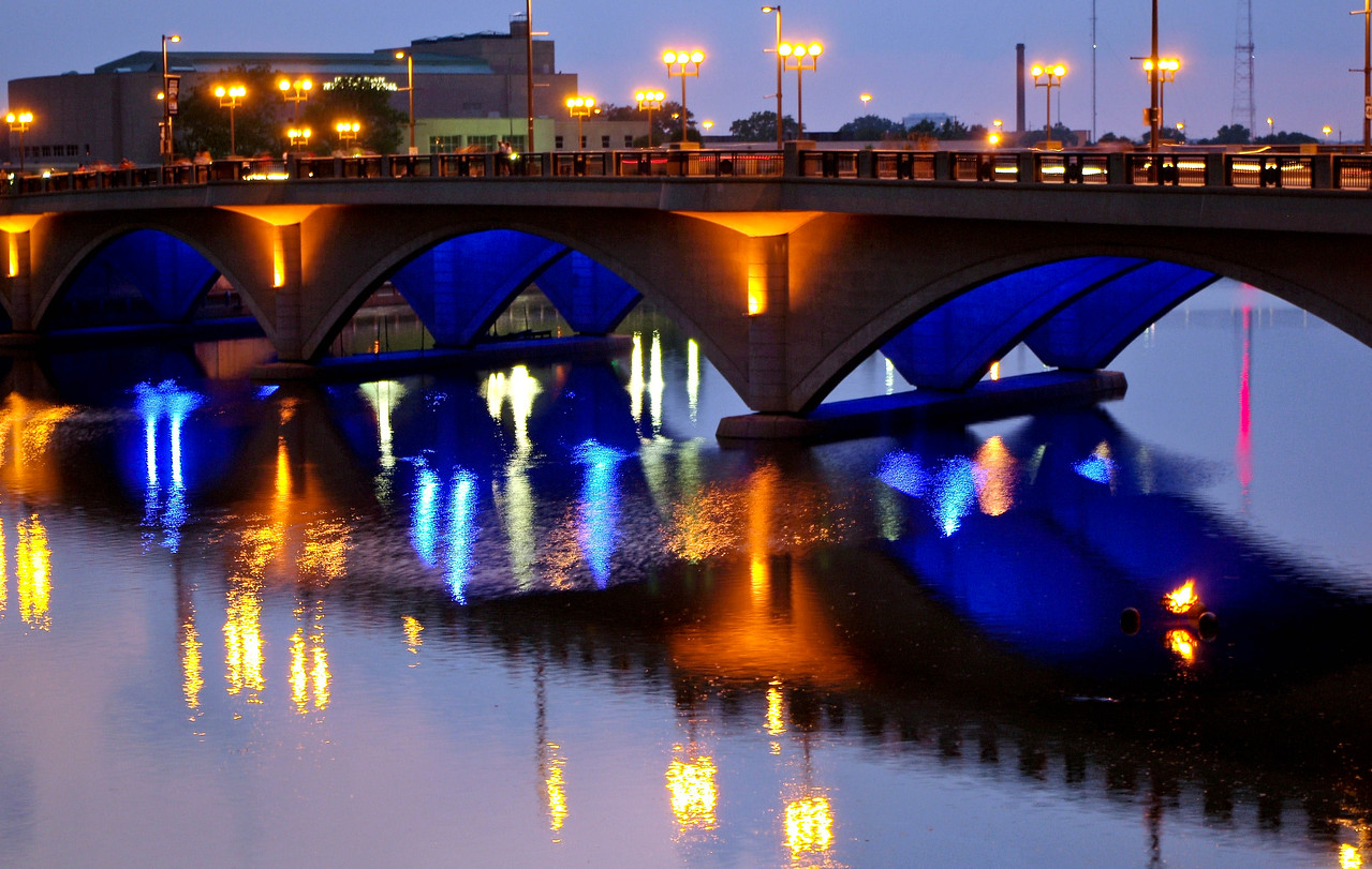 Broad Street Bridge --Columbus