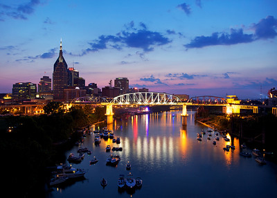 Nashville on the 4th of July - Waiting for Nightfall and Fireworks