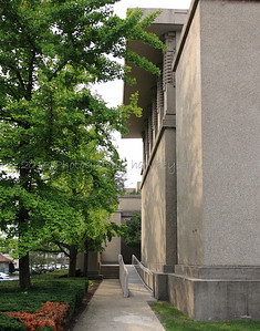 Opposite view. Note here that as you enter Unity Temple, there will be a repeating need to make a number of right angle turns to 'get to your seat' in the sanctuary.