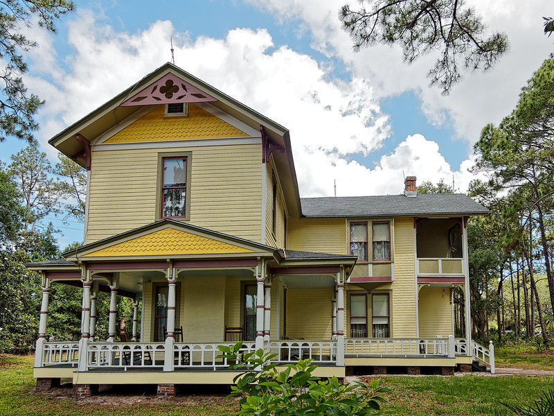 1907 Queen Anne Victorian at Heritage Village