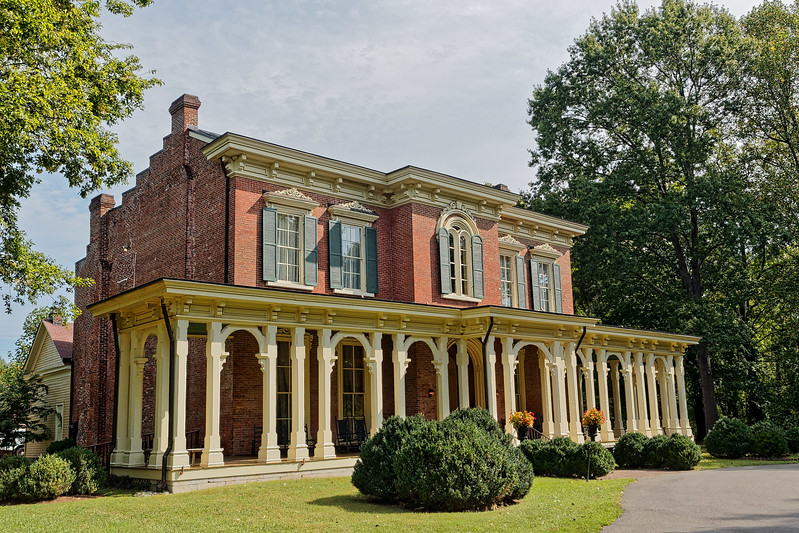 Murfreesboro's Oaklands Mansion