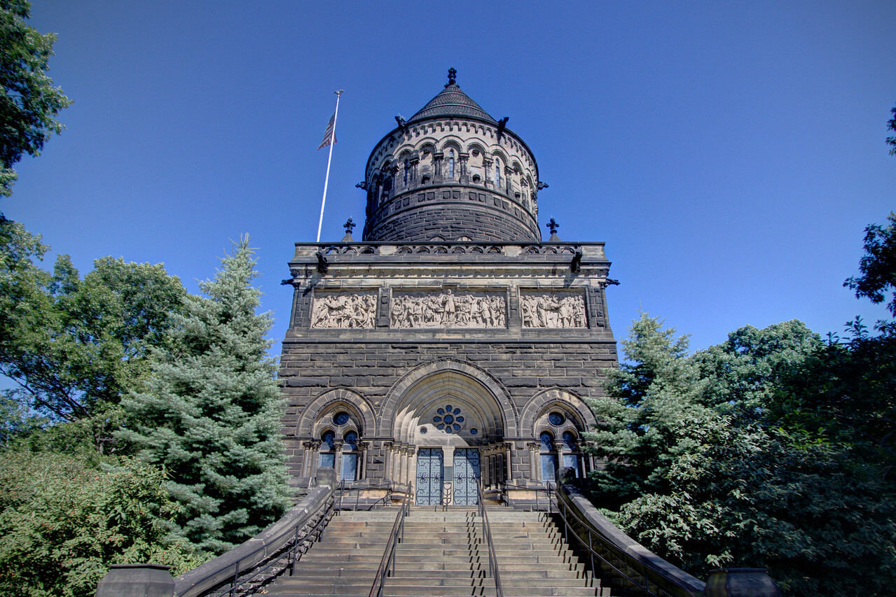 President Garfield's Memorial Tomb - Cleveland, OH