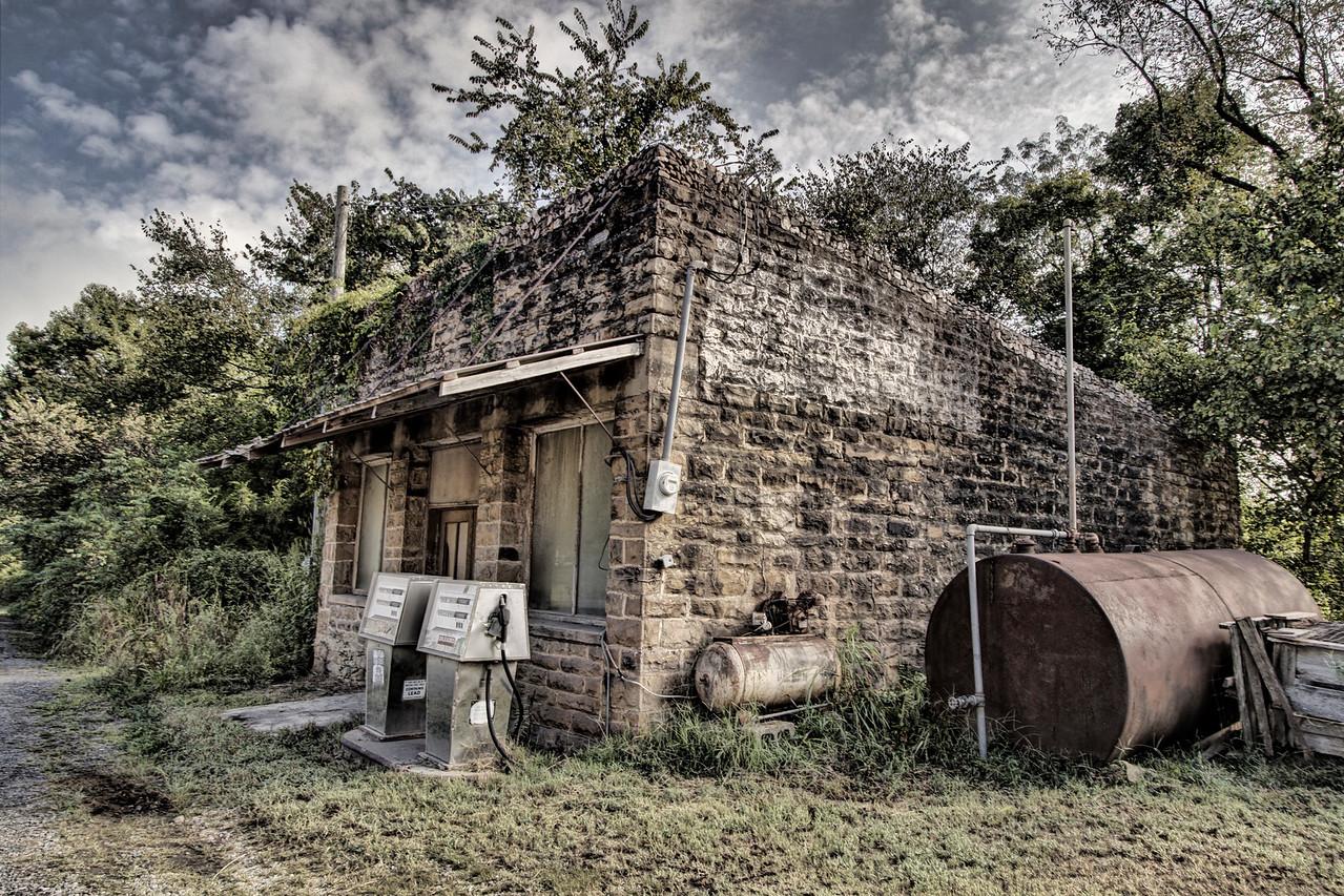 Snowball Gas Station - Snowball, AR