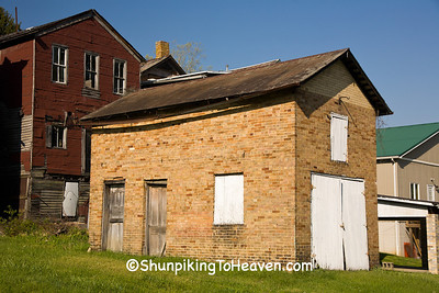 Old Brick Building, Shawnee, Ohio