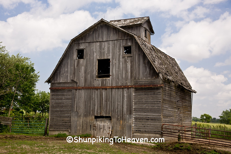 Weathered Gray Barn with 'Face', Cedar County, Iowa