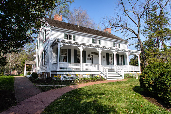 Cherry Hill Farmhouse, Park Avenue, Falls Church, Virginia