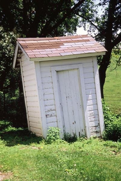 MN Outhouse - 01