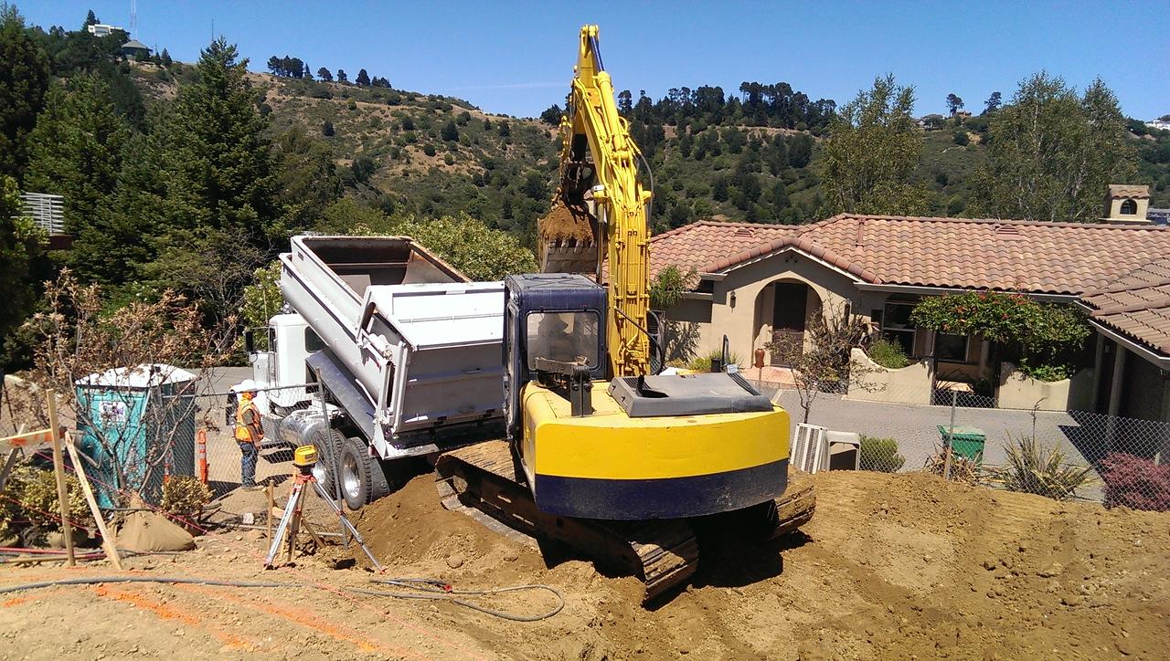2014-06-17 Moving dirt