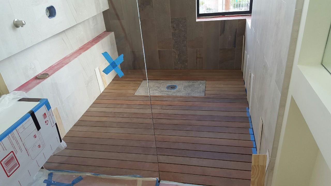 2015-09-02 Shower floor finished!
