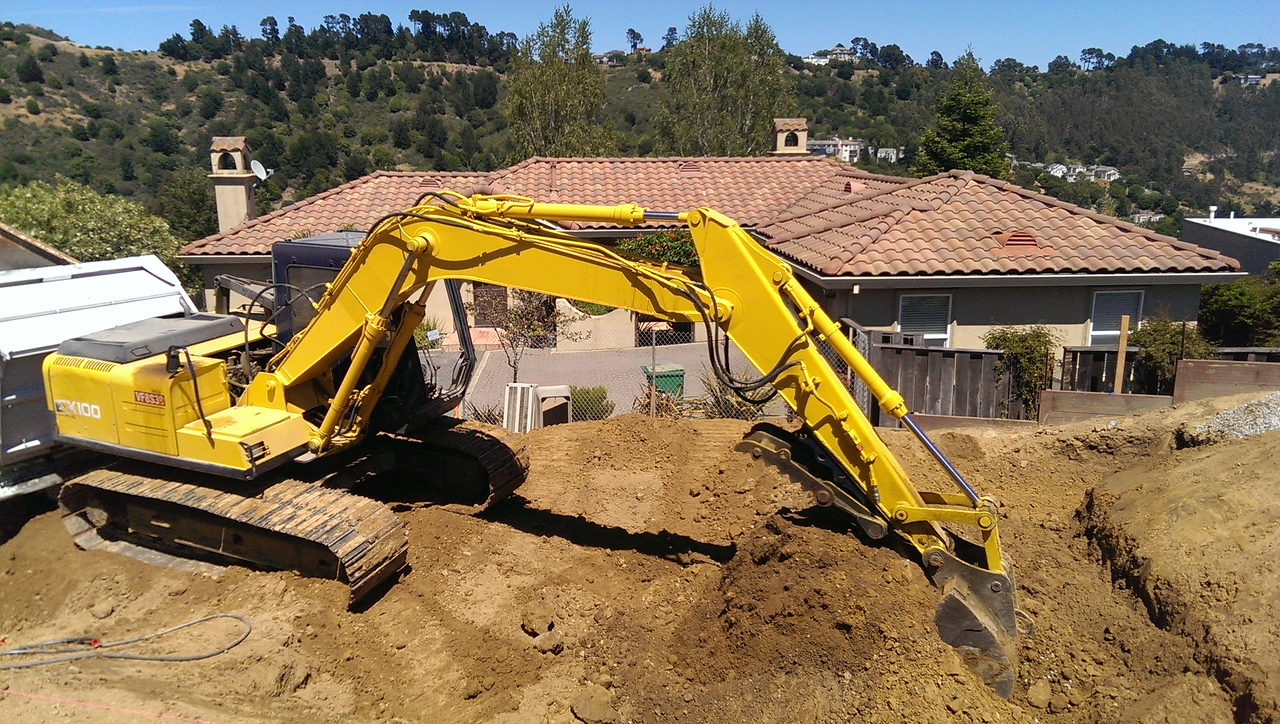 2014-06-17 Moving dirt