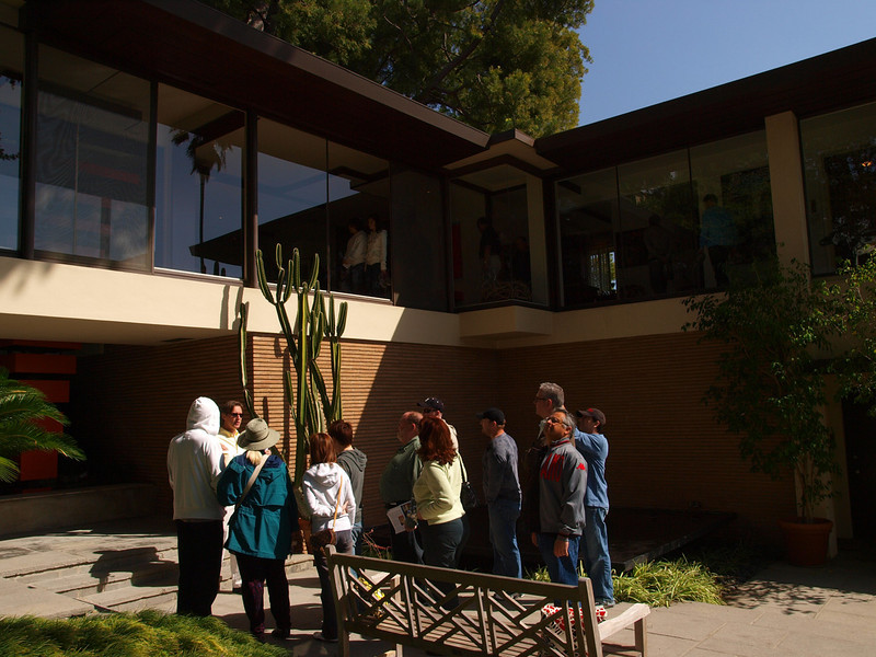 The W. Parker Lyon House (of Lyon Storage), designed by Thornton Ladd in 1948. This 60 year old, one story hillside home is still a marvelous, solid structure with an enclosed glass-walled bridge connecting the dining room and kitchen to the living room and master bedroom. The bridge spans over a stepped entry way that connects the pool with the tennis court on either side of the house. Thornton Ladd was only 24 and still a student at USC when he designed this, his first commission. 20 years later he designed the Norton Simon Museum in Pasadena. Photographer Julius Schulman photographed the home in 1950 and later returned in the 1990's to say that the Lyon House was one of Ladd's finest designs. Many of Schulman's photographs were on display on Sunday and they aere really fine B&W images. Schulman is over 100 and still getting around today.
