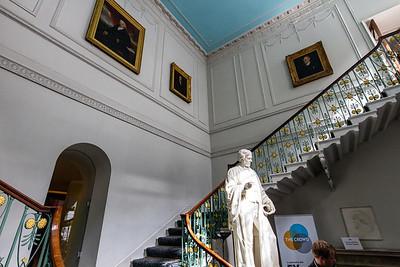 RI - grand staircase