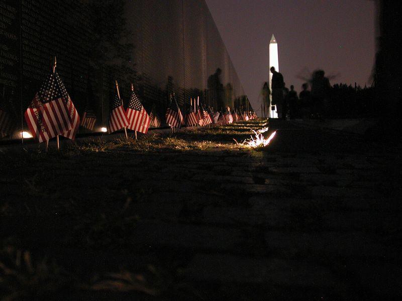 Vietnam Veterans Memorial, Washington DC (Nikon 990)