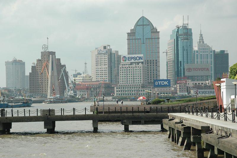Shanghai Li-Xin Shipyard Memorial Prominade, Huangpu River View (Sigma 18-125)