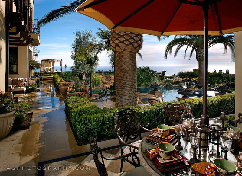 Richard Cohen Landscape Installation, Newport Beach, CA, 1-11-12.