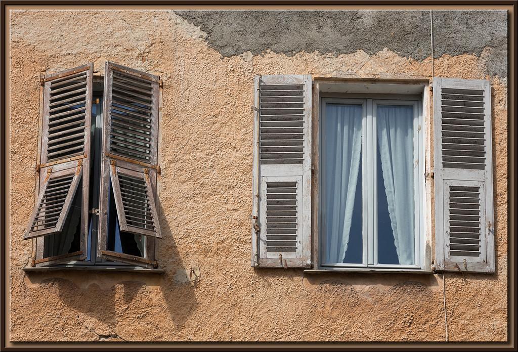 Fensterläden auf und zu