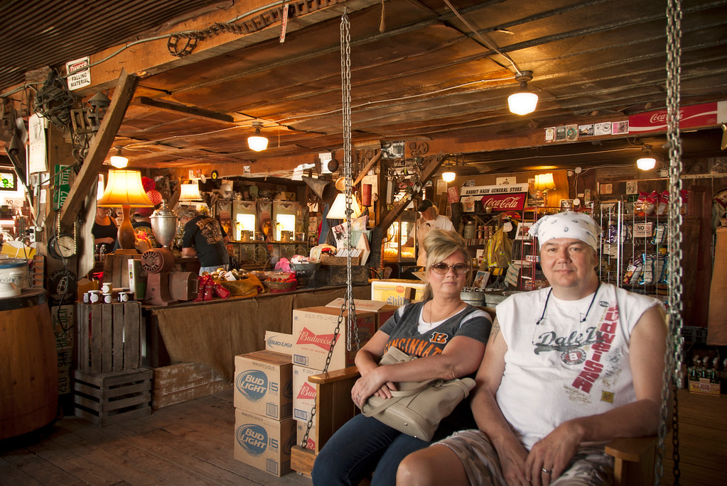 The Temporary Rabbit Hash General Store