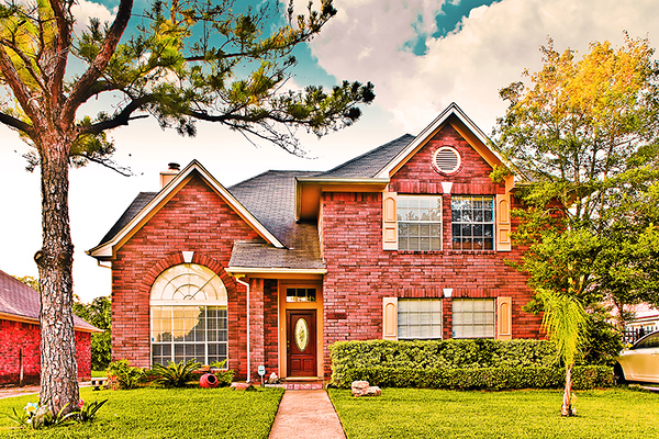 Houston real estate photography by Juan Huerta. Beautiful imagery of home interiors and exteriors using only available light, professional equipment and techniques in order to deliver top quality images that sell.