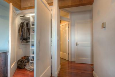 masterbed_closet_6036