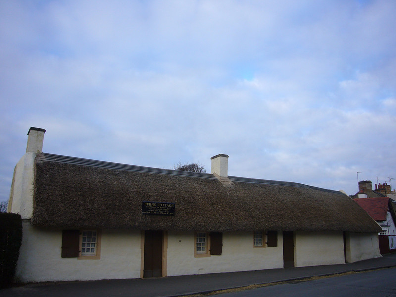 January 2011. The thatched cottage in Alloway, Ayrshire, Scotland, where Robert Burns was born.
