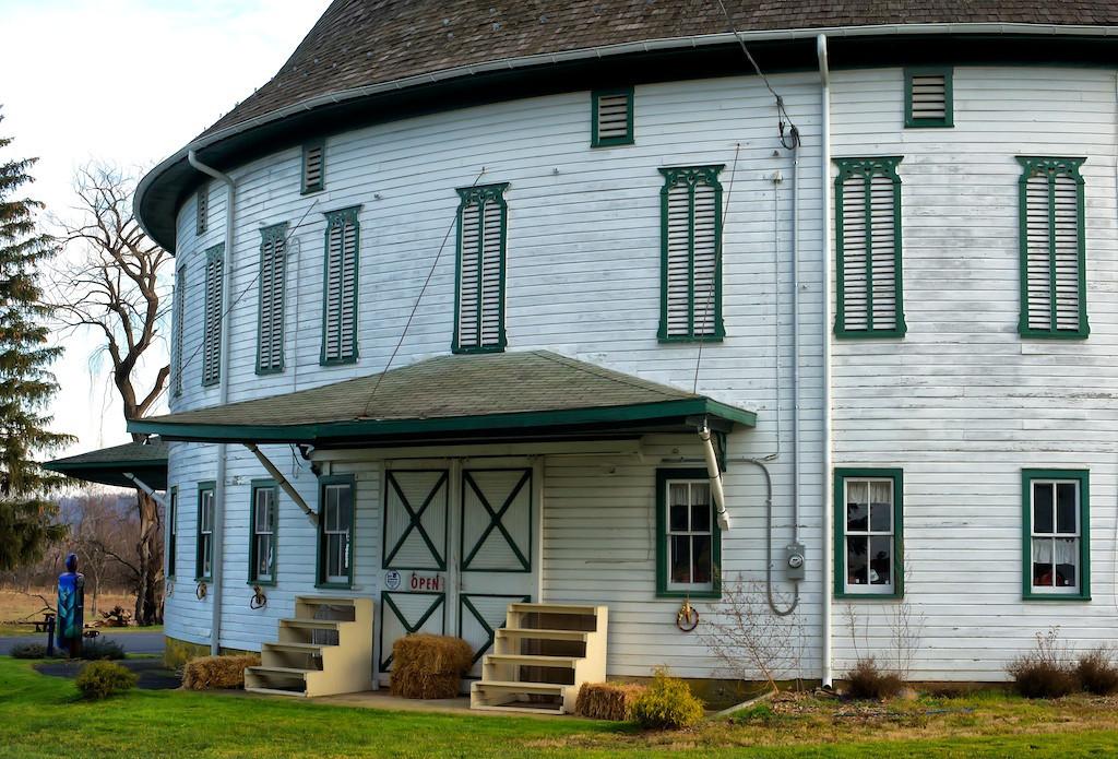Historic Round Barn, Biglerville, PA