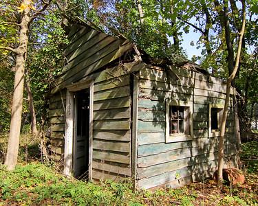 Handyman special in Muttontown Preserve.