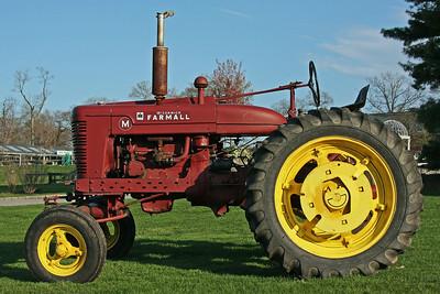 Old tractor at Martin Vietta.