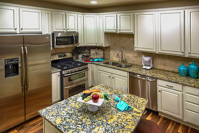 Saddle_Rock_Kitchen
