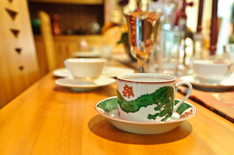 Wright did not actually design china for the Samara House, but instead specified what style of china the Christians should purchase.  This dragon cup follows the Asian inspiration of the home.