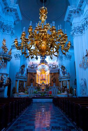 CatolicChurchWarsaw2.jpg