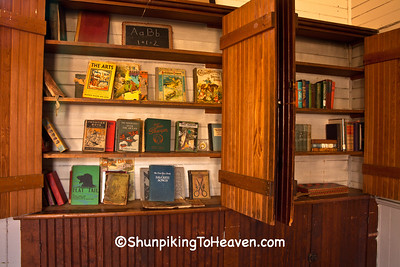Books at Little Plum School, Pepin County, Wisconsin
