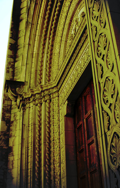 Fountain Street Church front doors with intricately carved archway.