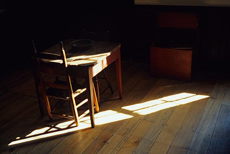 Shaker Table & Chair in Sun Shaft