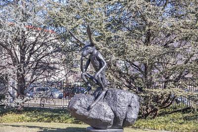 Thinker on a Rock, Barry Flanagan, 1997, cast bronze, National Museum of art Sculpture Garden, Washington, D.C.